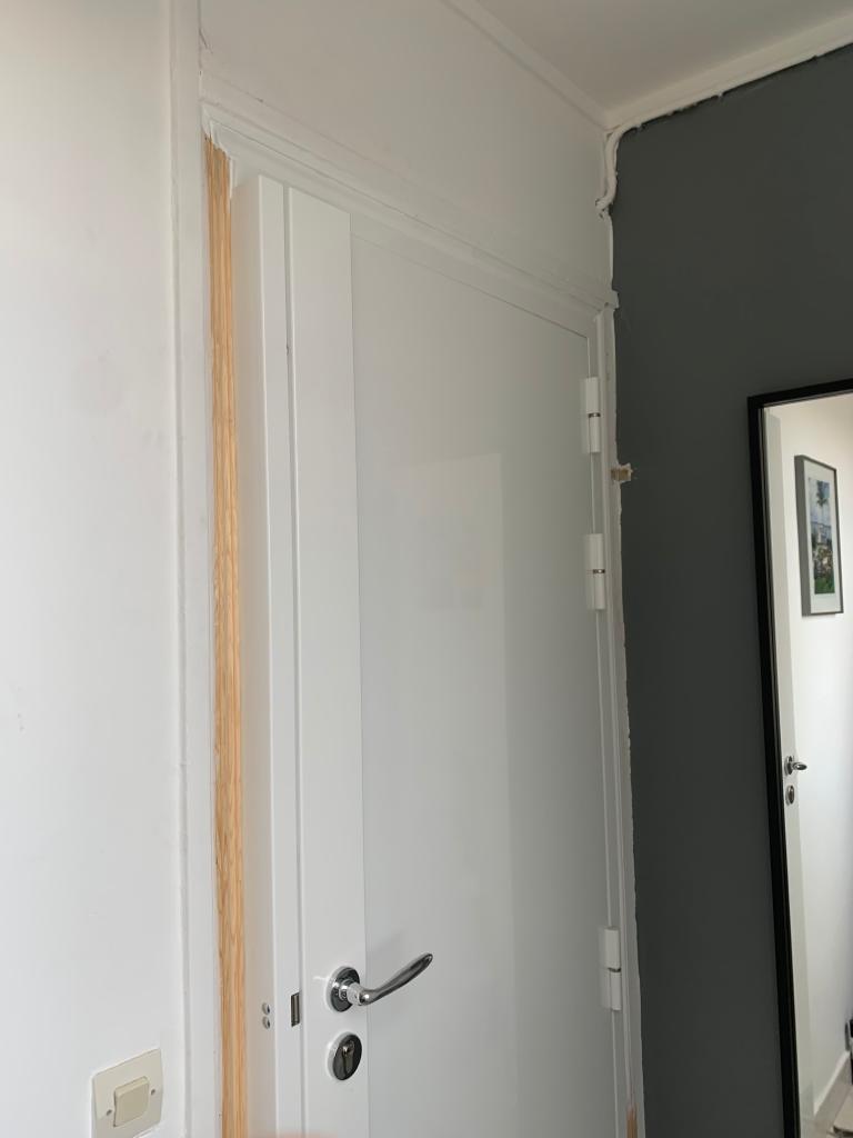 Peinture de porte refaite à neuf, réalisé par Homcréa