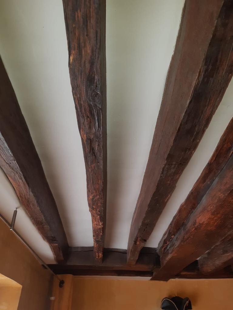 Plafond entièrement rénové, réalisé par Homcréa