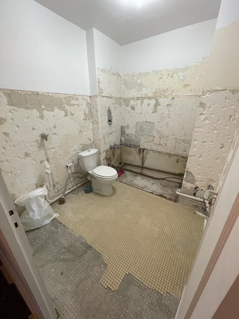 Chantier de salle de bain réalisé par homcrea